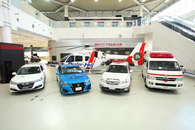 Toyota, Lexus i Honda biorą udział w pilotażowym programie w Japonii, którego zadaniem jest automatyczne wezwanie pomocy, kiedy dochodzi do wypadku. Nowością w stosunku do tego rodzaju systemów działających w różnych częściach świata jest automatyczne szacowanie powagi wypadku oraz stanu kierowcy i pasażerów na podstawie złożonych danych z samochodu. Te informacje są wykorzystywane do podjęcia szybkiej decyzji, czy wysłać na miejsce naziemną karetkę, czy helikopter / Fot. materiały prasowe