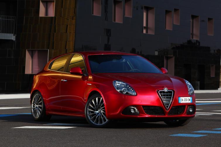 Alfa Romeo uratowana. Ma najwyższy wzrost sprzedaży w Europie