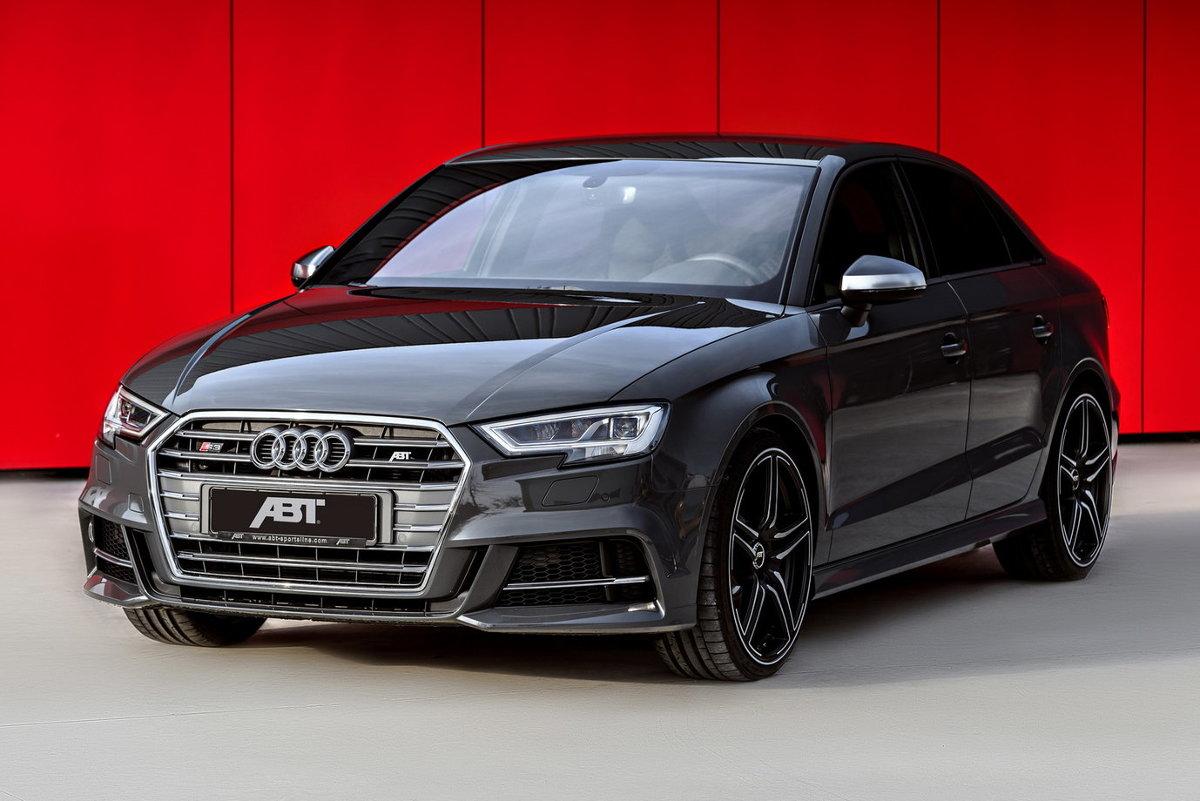 Audi S3  Dwulitrowy silnik TFSI oferuje 400 KM, czyli o 100 KM więcej jak standardowo. Dzięki niemu do 100 km/h przyspieszymy w 4,3 s, natomiast prędkość maksymalna wyniesie 280 km/h.  Fot. ABT