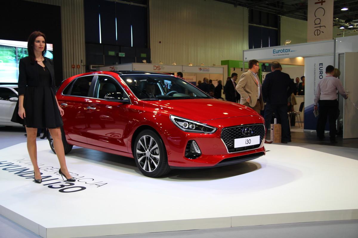 Nowy Hyundai i30  Hyundai i30 doczekał się trzeciej generacji. Polska premiera miała miejsce w Warszawie, podczas targów Fleet Market. Sprzedaż ruszy na początku przyszłego roku.
