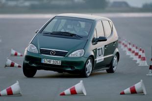 Bezpieczeństwo czynne i bierne  Fot. Daimler