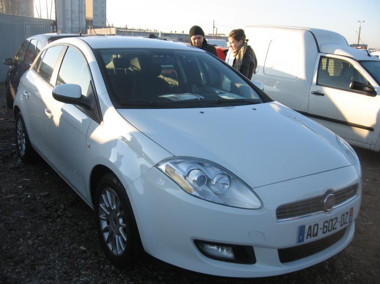 Giełda samochodowa w Rzeszowie (11.12) - zobacz ceny i zdjęcia