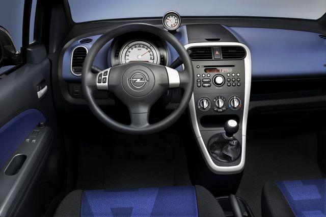 zdjęcie Opel Agila