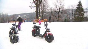Elektryczna hulajnoga. Pojazd do jazdy po... stoku narciarskim? (video)