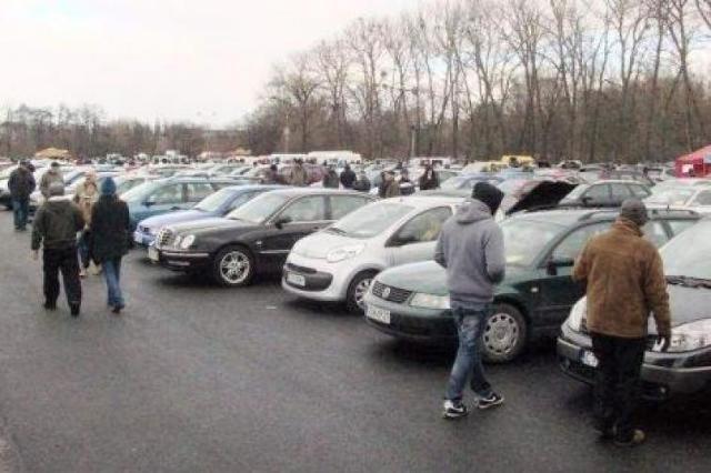 Giełda samochodowa w Bydgoszczy (4.03)