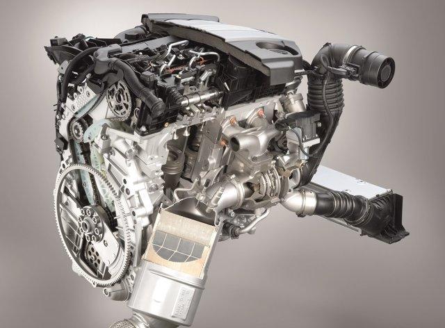 Silnik diesla o pojemności dwóch litrów i oznaczeniu N47, N47S, N47T oraz N47DK0 montowany był w wielu modelach marki BMW, czyli serii 1, 3, 5, X1 oraz X3. Okres produkcji przypadał na lata 2007 – 2011. Decydując się na zakup samochodu z tym motorem należy być bardzo ostrożnym, ponieważ jednostki te posiadają wadliwy rozrząd i ewentualna naprawa może skutecznie opróżnić z pieniędzy nasz portfel.  Fot. BMW