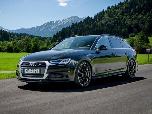 Audi A4 po tuningu   3 litrowy diesel V6 nie generuje już 272 KM, ale 325 KM. Zmiany przeszedł także benzynowy silnik 2.0 l turbo oferujący zamiast 252 KM moc 330 KM.  Fot. ABT