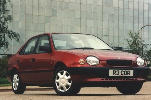 Toyota Corolla VIII (1997 - 2002) Sedan
