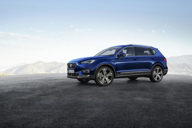 Seat Tarraco  Nowy Tarraco znajduje się na szczycie rodziny SUV-ów SEAT-a jako większy brat modeli Ateca i Arona. To krewniak Skody Kodiaq i Volkswagena Tiguana Allspace. Występuje w dwóch wersjach wyposażenia: Style i Xcellence. Model zostanie wprowadzony do sprzedaży na początku 2019 roku.  Fot. Seat