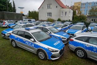 Policja. Nowe radiowozy dla funkcjonariuszy