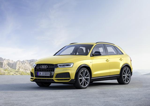 Audi Q3   Paleta lakierów odmłodzonego Audi Q3 uległa zmianie. Dotychczasowy kolor Tundra Brown metalic zastąpiony został przez metaliczny Camouflage Green  Odmłodzone Audi Q3 zamawiać będzie można już jesienią. Dostawy rozpoczną się pod koniec roku.  Fot. Audi