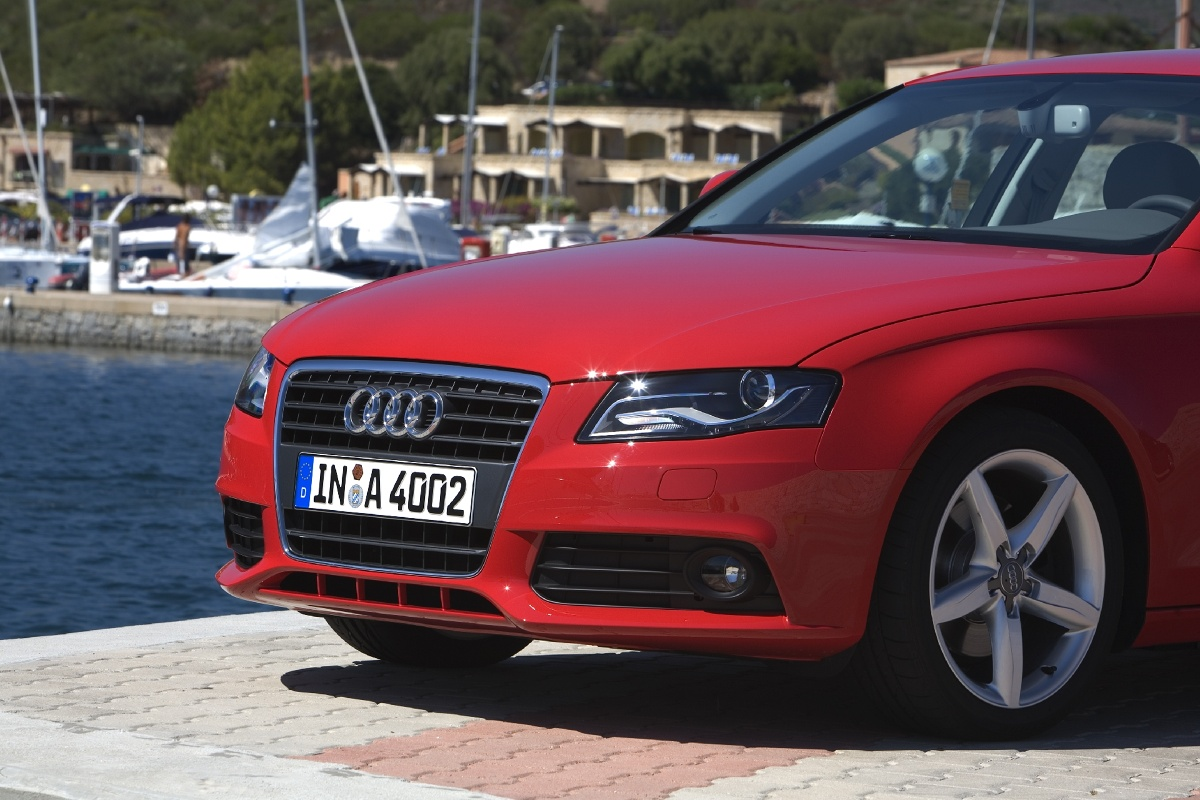 Audi A4 Zdjęcie Audi A4 Foto