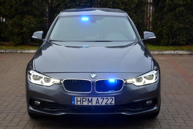 Pierwsza partia nieoznakowanych radiowozów BMW 330i xDrive wyjechała na ulice.   Fot. Policja.pl