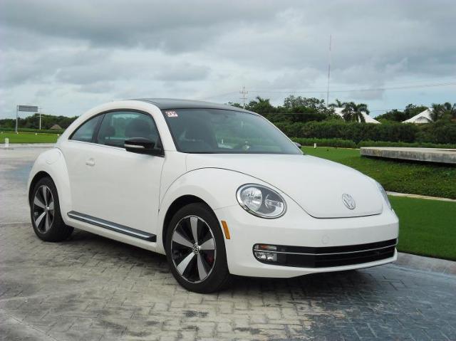 Pierwsza jazda: Volkswagen Beetle - legenda nadal urzeka