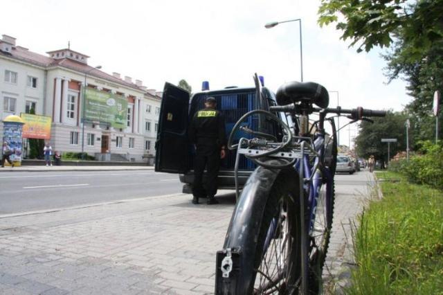 Kary dla pijanych rowerzystów - czy zawsze muszą trafiać pod sąd?