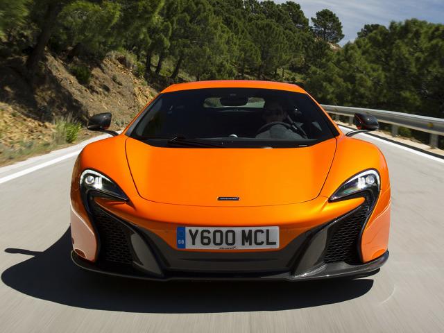 zdjęcie McLaren 650S