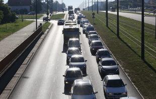 Młodzi kierowcy. 60 proc. z nich chce skorzystać z tego rozwiązania