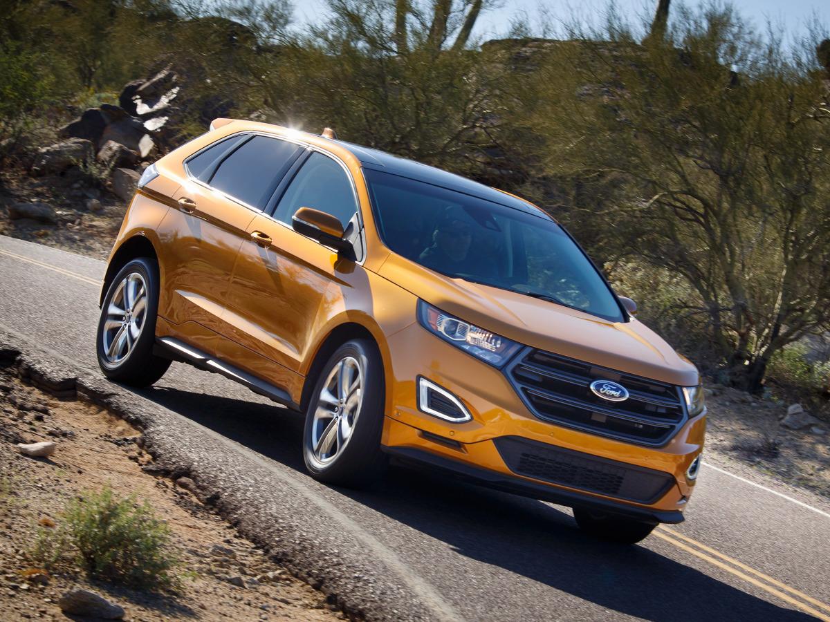 Ford Edge został zaprojektowany z myślą o sprzedaży na całym świecie. Model jest pozycjonowany powyżej modelu Kuga i właśnie pojawił się w Polsce / Fot. Ford