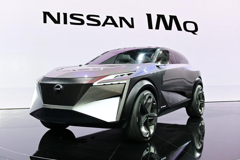 Nissan IMQ   Nissan prezentując model koncepcyjny IMQ pokazuje kierunek, w którym podąży następna generacja crossoverów.  Fot. Nissan