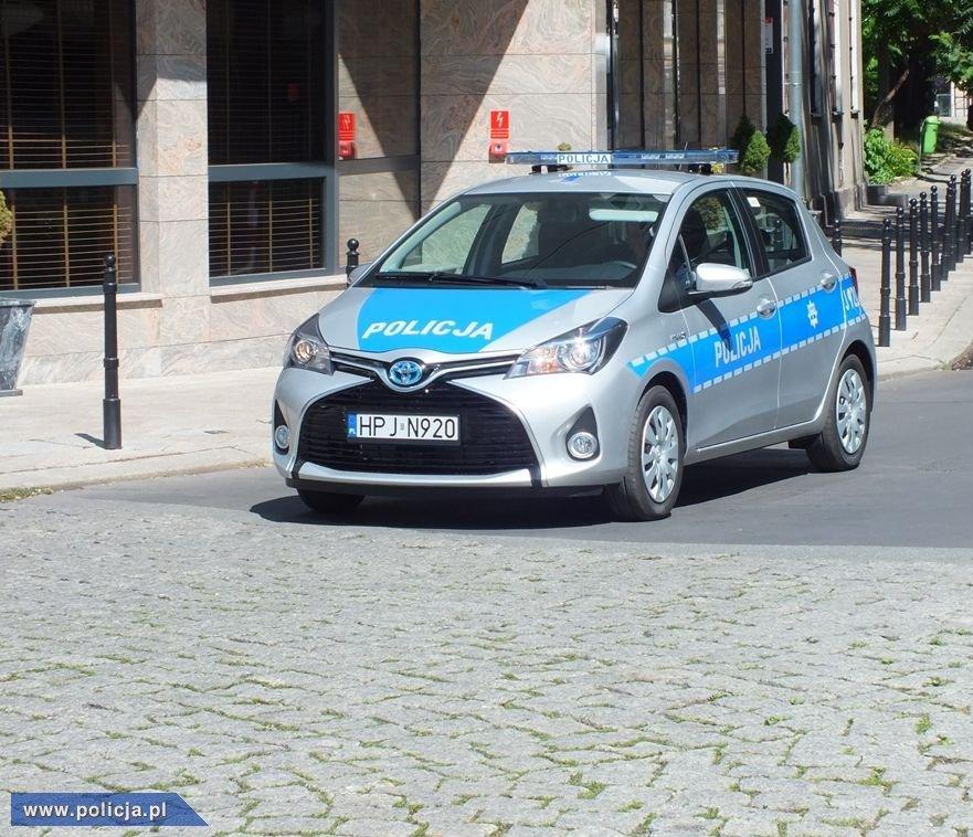 Toyota Yaris Hybrid  fot. Policja.pl
