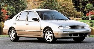 Nissan Altima I (1993 - 1997) Sedan