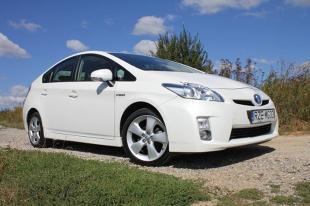 Testujemy używane: Toyota Prius III czyli hybryda nie taka straszna (ZDJĘCIA)
