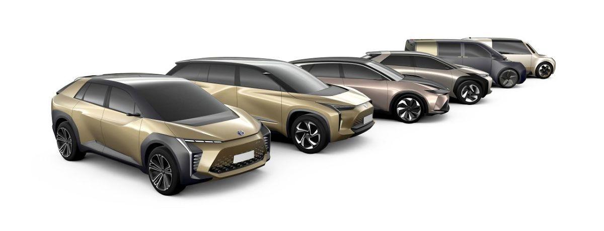 Toyota pokazała 6 modeli koncepcyjnych, których produkcyjne wersje niedługo pojawią się w salonach marki. Japoński marka zapowiada wprowadzenie zelektryfikowanych napędów do wszystkich swoich modeli już od kilku lat.   Fot. Toyota