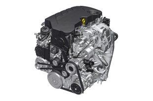 Dzięki sekwencyjnemu, dwustopniowemu turbodoładowaniu nowo zaprojektowany diesel o pojemności 2 litrów rozwija moc 210 KM przy 4000 obr./min oraz moment obrotowy 480 Nm od 1500 obr./min   Fot. Opel