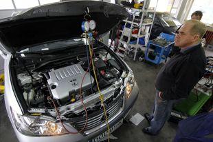 Auto z klimatyzacją. Jak zadbać o nie wiosną?