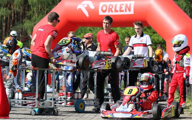 Druga runda kartingowej serii Rok Cup Poland rozegrana została na torze Wallrav Racing Center w Starym Kisielinie koło Zielonej Góry. W porównaniu do wyników inauguracyjnych zawodów w Toruniu, byliśmy świadkami kilku niespodzianek, które dodatkowo uatrakcyjniły rywalizację.  Fot. Rok Cup Poland