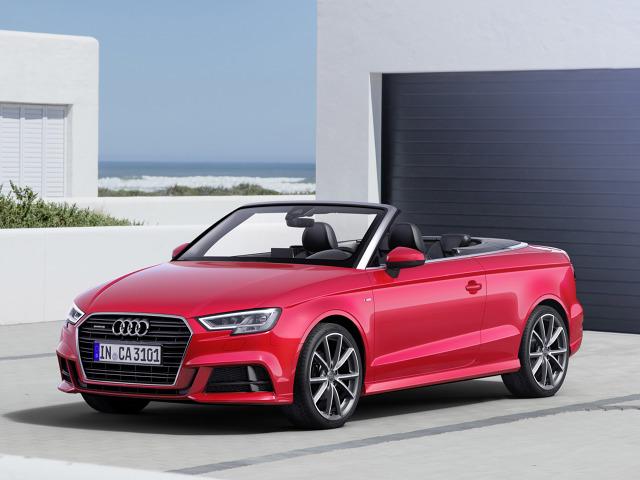 Audi A3 Cabrio   Model A3 dostępny jest na rynku w czterech wersjach nadwozia. Najgorzej sprzedaje się wariant cabrio. W całym 2015 roku klienci zakupili 19 400 egzemplarzy A3 bez dachu.   Fot. Audi