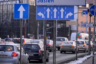 Znaki drogowe. Dwa nowe już obowiązują - zobacz jak wyglądają