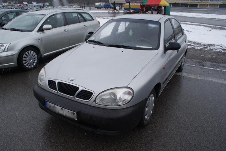 Giełdy samochodowe w Kielcach i Sandomierzu (01.04) - ceny i zdjęcia