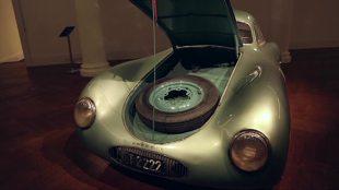 Najstarsze Porsche do kupienia. Trafi na aukcję (video)