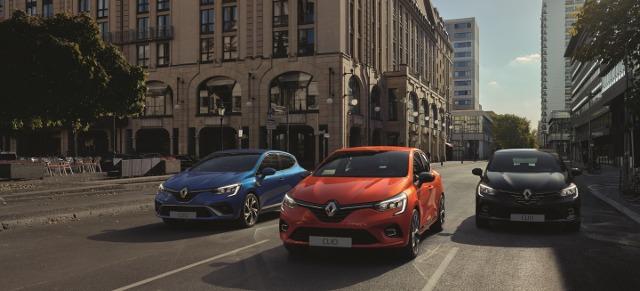 Renault Clio    Piąta generacja powstała na zmodyfikowanej platformie CMF-B, którą dzieli z Nissanem Micra. Pojazd jest o  1,4 cm krótszy od poprzednika. Bagażnik może pomieścić teraz 391 ).   Fot. Renault