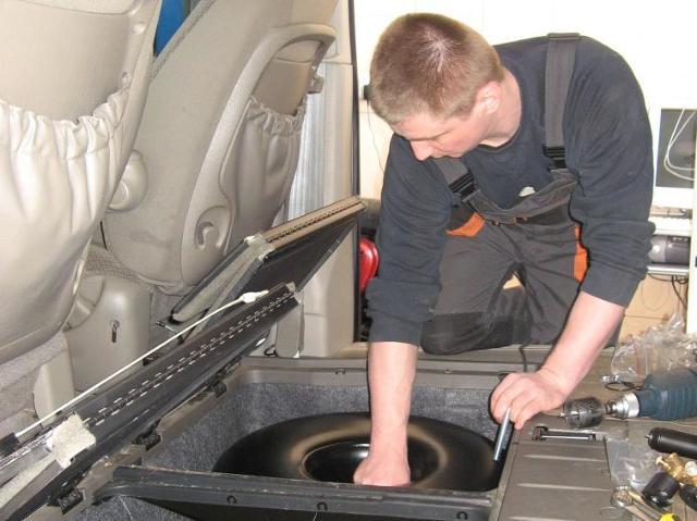 Benzyna drożeje, ale LPG tanieje - zamontuj instalację gazową!