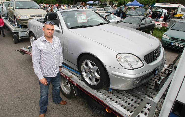 Giełdy samochodowe w Kielcach i Sandomierzu - ceny z 15 maja