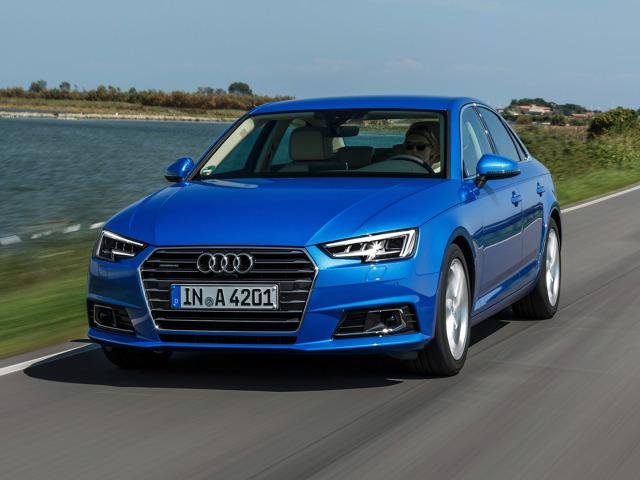 Audi A4   Audi tworząc nowe A4 tylko nieznacznie zmieniło nadwozie. Charakterystyczna bryła tej prostej, ale eleganckiej limuzyny pozostała w zasadzie nietknięta, zajęto się za to detalami.  Fot. Audi