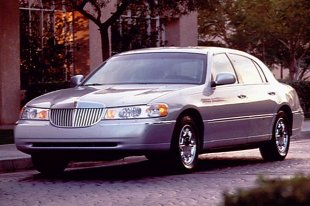 Lincoln Town Car III (1998 - 2011)