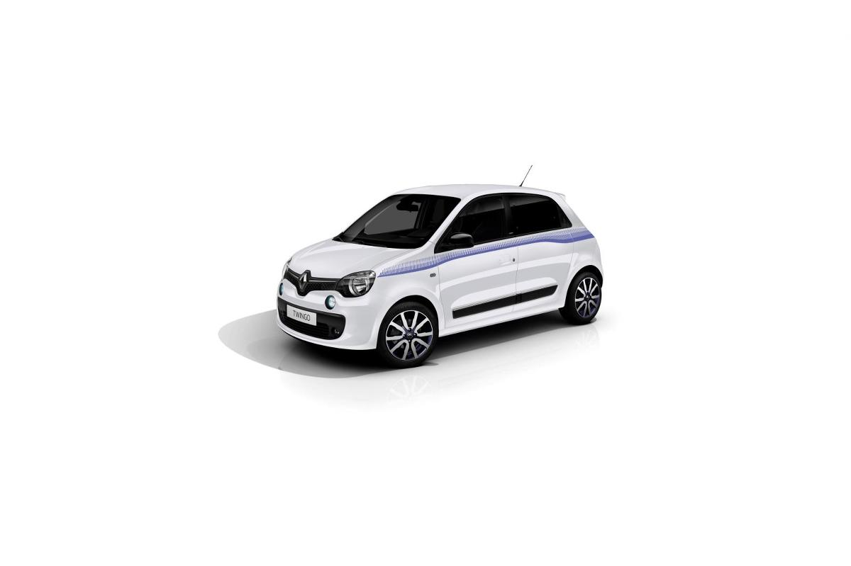 Pod maskę Twingo Cosmic trafi benzynowa jednostka TCe, generująca 90 KM mocy / Fot. Renault