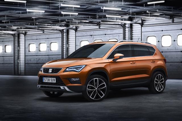 Do zbudowania SUV-a wykorzystano platformę MQB. Za napęd podstawowej wersji ma odpowiadać trzycylindrowy, turbodoładowany silnik o pojemności 1 l, który dostarcza 110 KM mocy / Fot. Seat