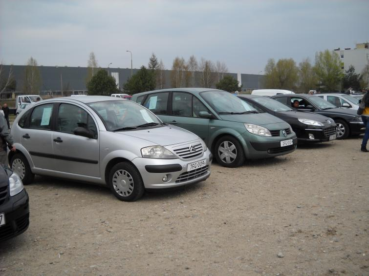 Giełda samochodowa w Gorzowie Wlkp. (15.04) - ceny i zdjęcia aut