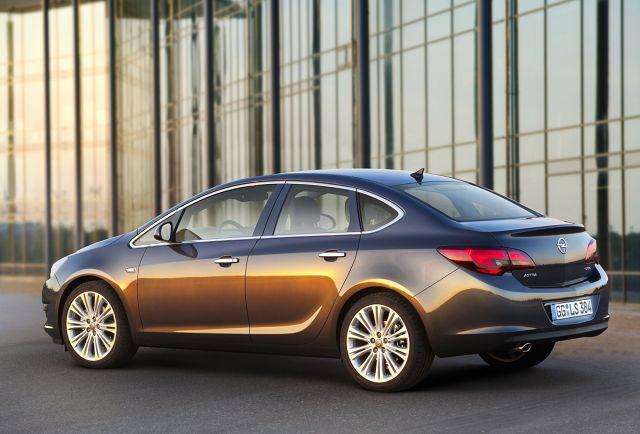 zdjęcie Opel Astra Sedan