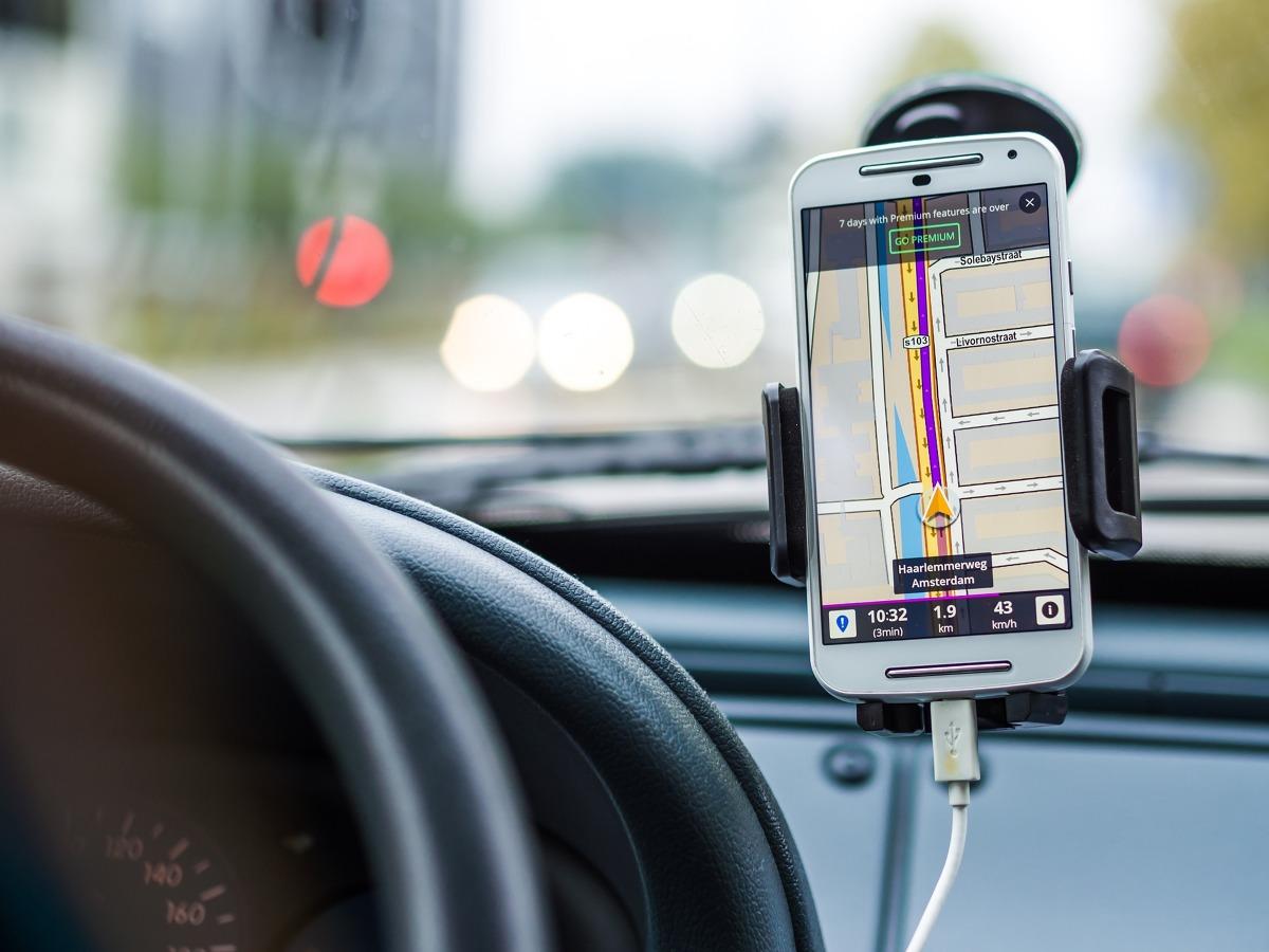 Nawigacja Samochodowa Korzystanie Za Granica Moze Slono Kosztowac