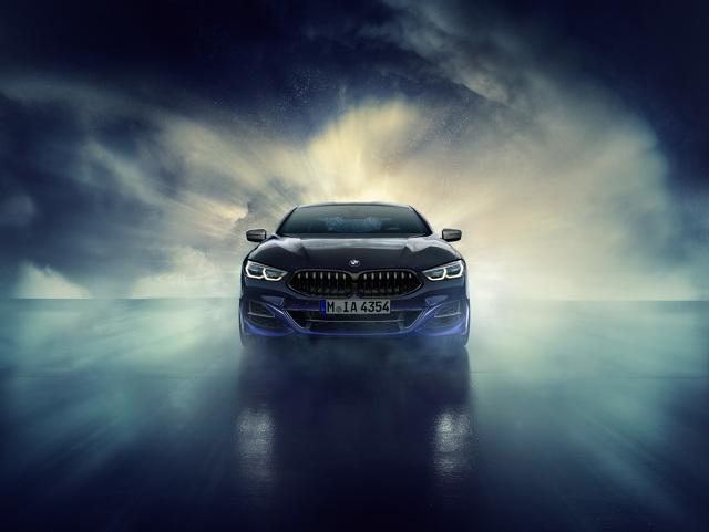 BMW Individual M850i Night Sky  Od ponad 25 lat manufaktura BMW Individual w Garching, niedaleko Monachium, produkuje modele specjalne i spektakularne unikaty.  W BMW Individual M850i xDrive CoupéeNight Sky wybrane elementy obsługi mają aplikacje wykonane z materiałów meteorytowych.  Fot. BMW