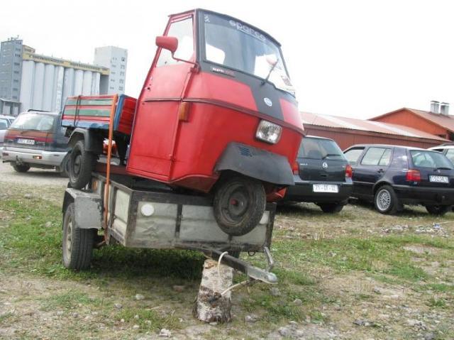 Giełda samochodowa w Rzeszowie (28.08) - ceny i zdjęcia