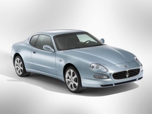 Fot. Maserati:  Przełomowym modelem stał się natomiast 3200 GT z  pełną  płynnych krągłości karoserią, którą zaprojektował, jakże by inaczej - Giugiaro. Samochód debiutował na paryskiej wystawie w 1998 r. Patrząc na niego nie sposób nie zauważyć, że stwor