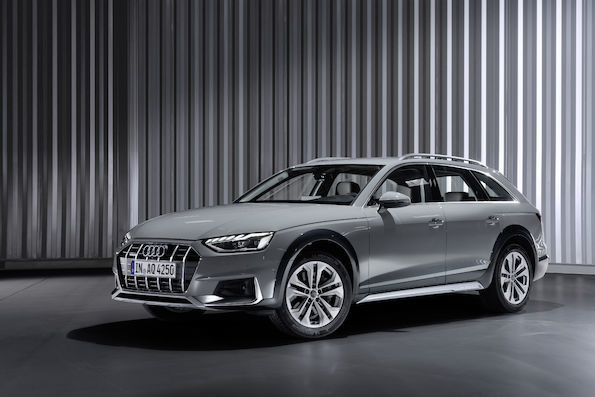 Audi A4   Po czterech latach prac konstrukcyjnych, koncern z Ingolstadt uczynił ten model klasy średniej jeszcze bardziej sportowym. Tak prezentuje się nowe Audi A4.    Fot. Audi