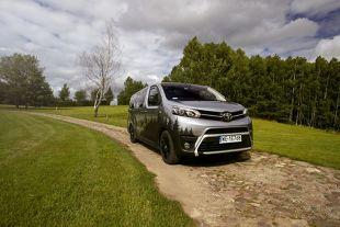 Toyota Proace Verso Kamper Tour Box. Oosobowy van i kamper w jednym samochodzie