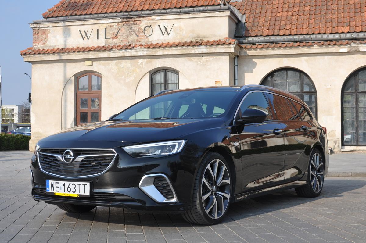 Opel Insignia Sports Tourer Gsi 2 0 Biturbo 4x4 Test
